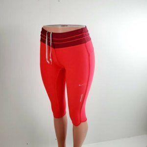 Nike Dri Fit Women's Capri Pants Pink Size Small